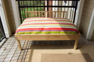 Balcony seat complete